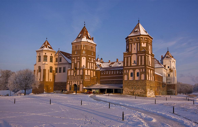 Замок в Мире, Беларусь