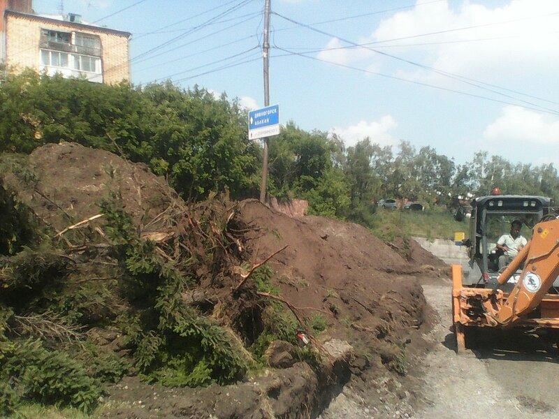 Расширение улицы Дубровинского в городе Красноярске в июле 2015 г. Фото: Константин Яблонских