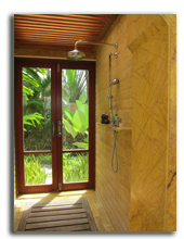 Малайзия. Лангкави. Four Seasons Resort Langkawi. Beach Villa bathroom