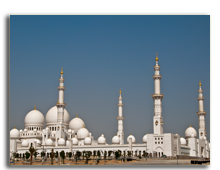 ОАЭ. Абу Даби. Мечеть шейха Заеда.  Sheikh Zayed Mosque in Abu Dhabi. Фото hainaultphoto - shutterstock