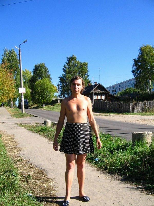 Фото геев в платьях юбках фото 279-490