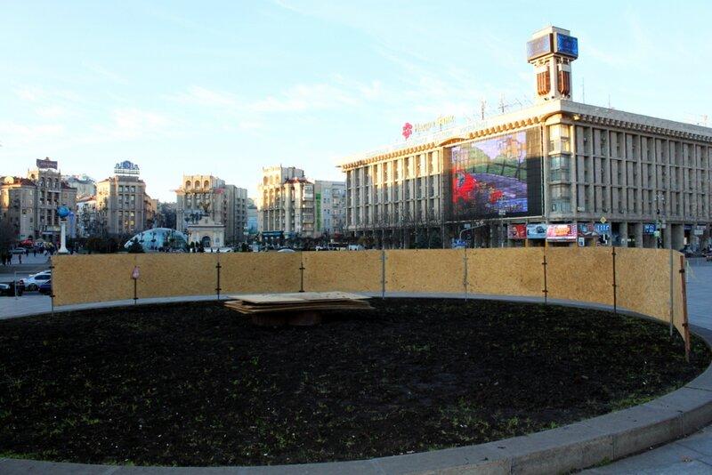 Подготовка места для главной елки Киева