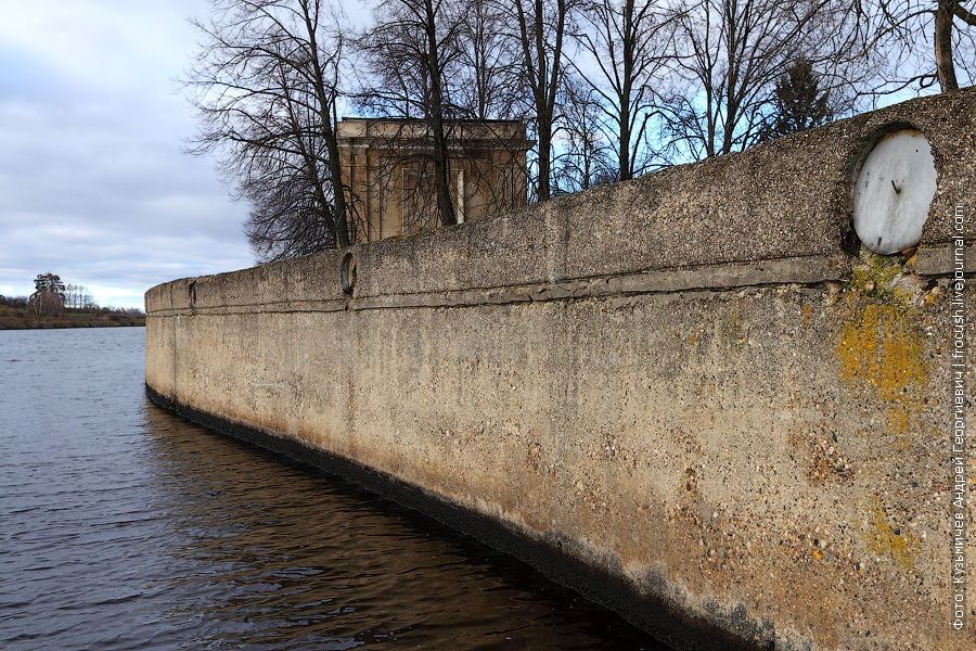 Стенка заградительных ворот №103 канала имени Москвы