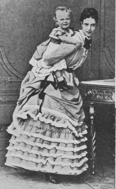 Императрица Мария Фёдоровна и её сын Николай(Niki), будущий Император Николай II, 1870