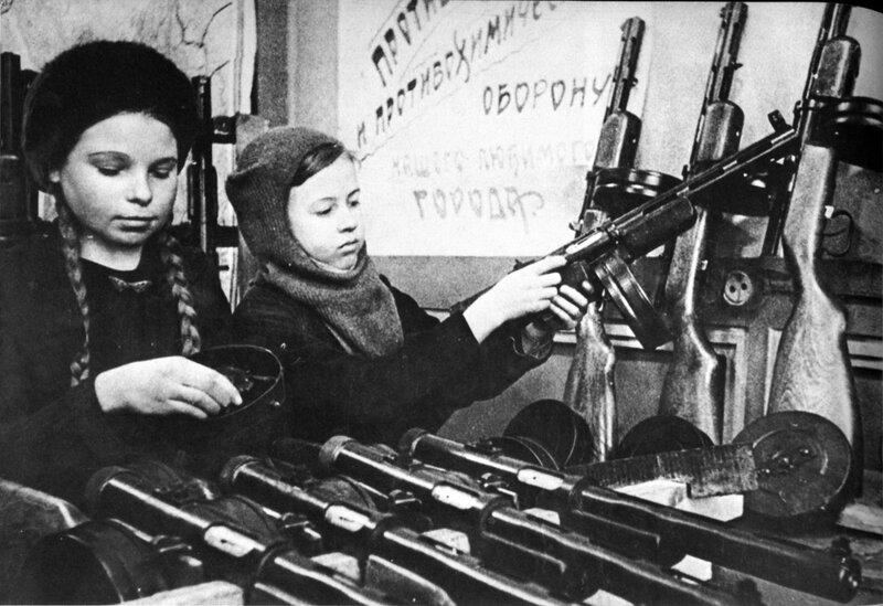 Примеры агитации русскоязычной молодежи за вступление в