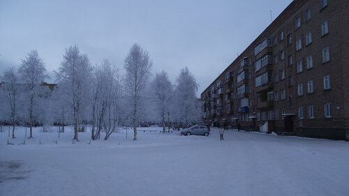 Фото города Инта №2194  Мира 31, 29 и 33 (мороз -15 и небольшой туман) 26.11.2012_13:27