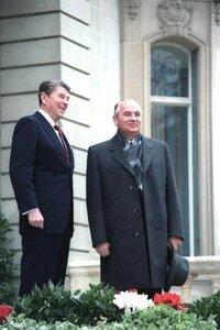 Рейган и Горбачев на саммите в Женеве, фото 1985 г