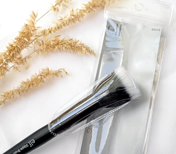 ELF-Cosmetics-Studio-Stipple-Brush-vs-MAC-Duo-Fibre-Brush-187-review-сравнение-отзыв2.jpg