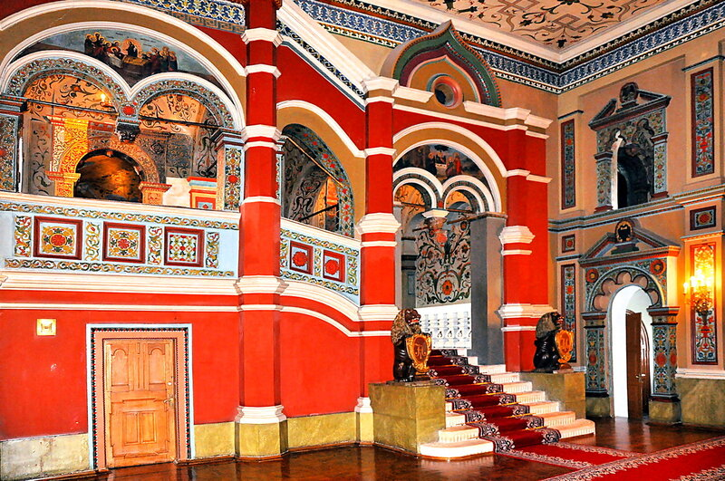 Кремлевские палаты!