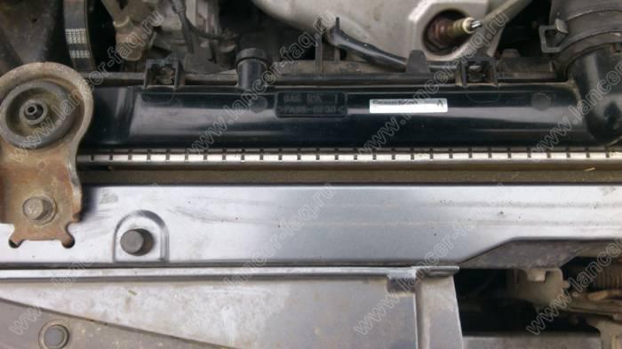 Картонка перед радиатором Lancer 9