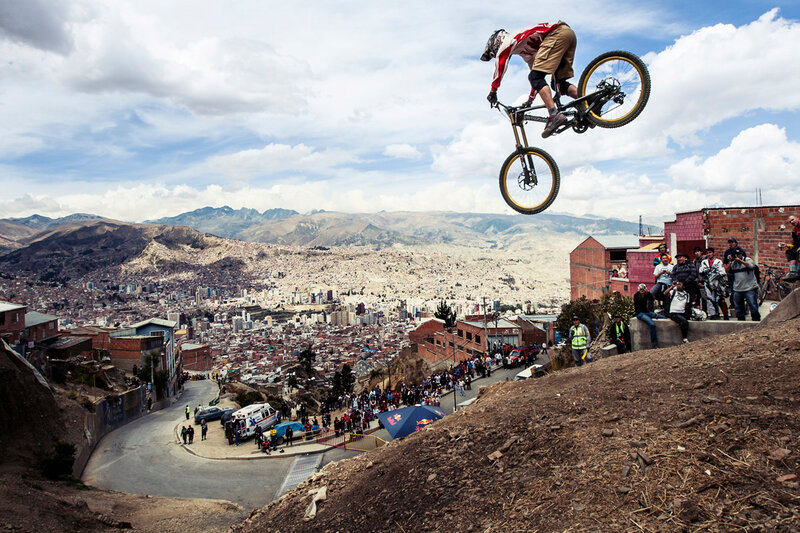 Competitor performs during Red Bull Descenso del Condor 2012 in La Paz, Bolivia on October 27, 2012 // Luis Vidales/Red Bull Content Pool // P-20121028-00049 // Usage for editorial use only // Please go to www.redbullcontentpool.com for further informatio