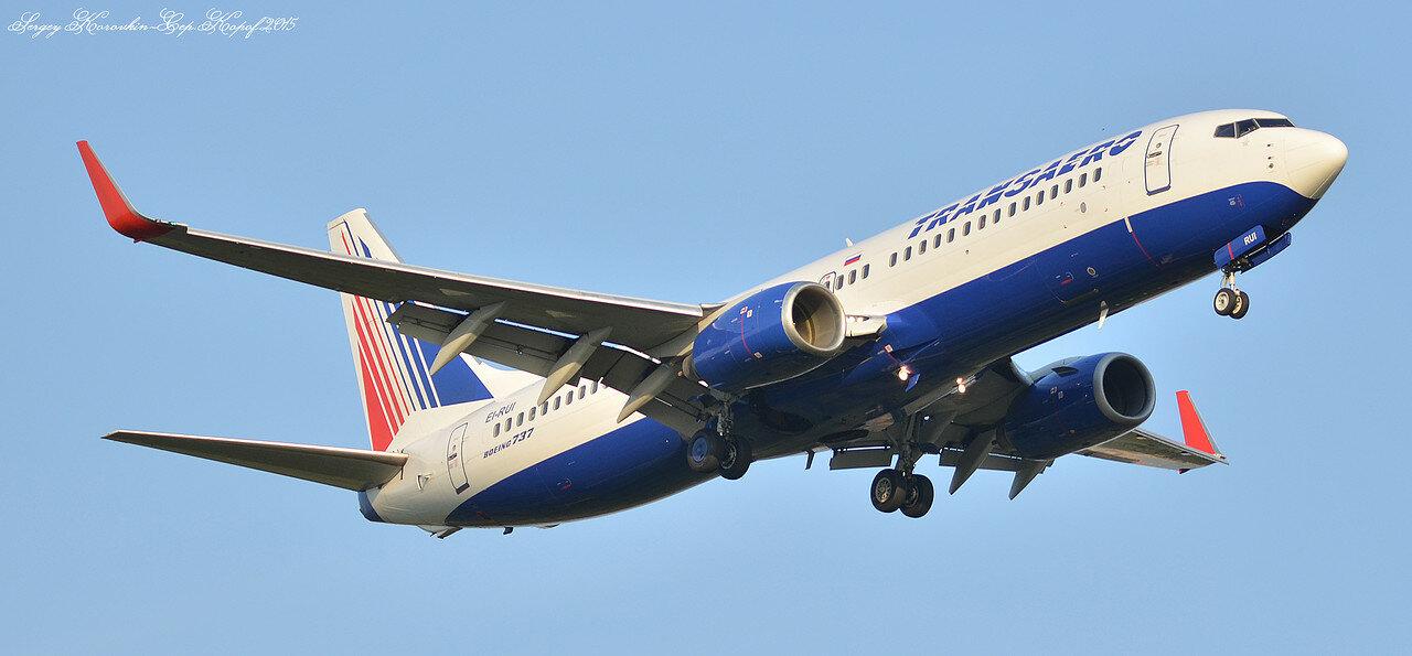 Boeing 737-85P Transaero EI-RUI.JPG