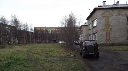 Фото города Инта №2036  Дзержинского 25, Мира 33, 29 и Дзержинского 27а 12.10.2012_13:14