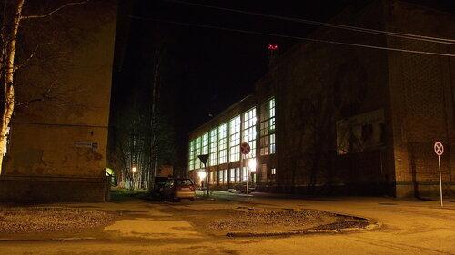 Фотография Инты №2097  Северо-восточный угол дома Лунина 7 12.10.2012_18:49