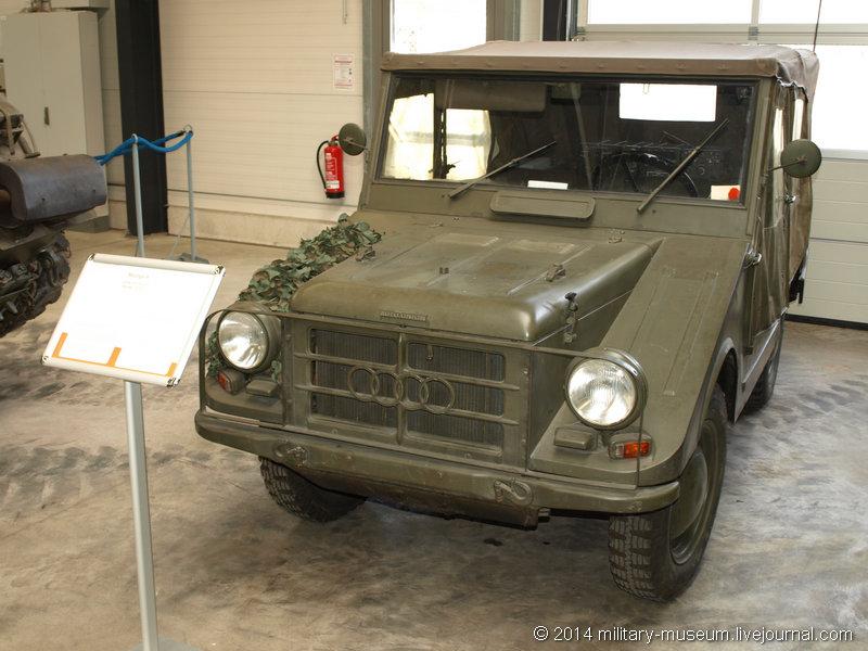 Panzermuseum Munster-2014-03-066.jpg