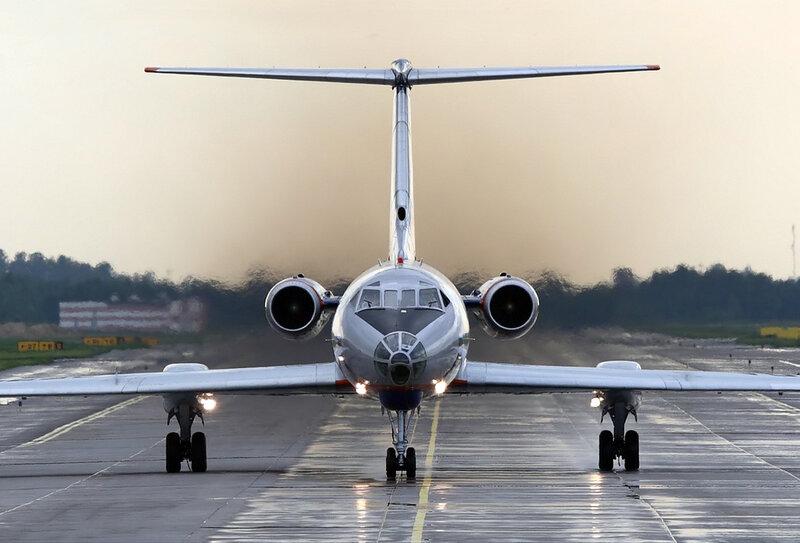 ...Ту-104 и Ту-124 ОКБ А.Н. Туполева приступило к проектированию нового самолета с новой компоновочной схемой...