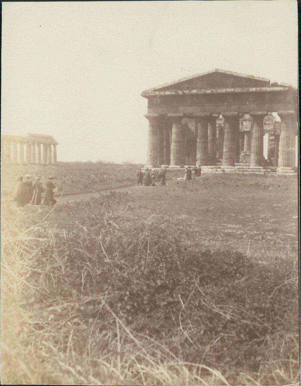Храм Геры-II