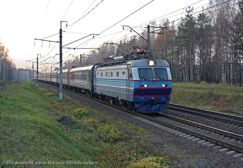 Электровоз ЧС2К-742.