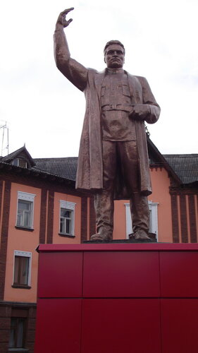 Фото города Инта №1991  Памятник Сергею Мироновичу Кирову 07.10.2012_14:00