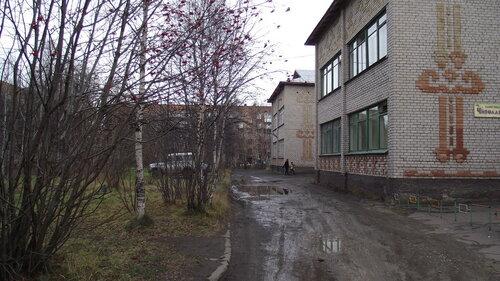 Фотография Инты №2041  Мира 27, Дзержинского 29 и 27 12.10.2012_13:17