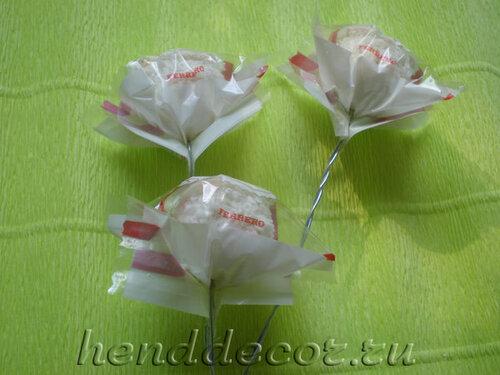 Конфетные букеты мастер класс розы фото
