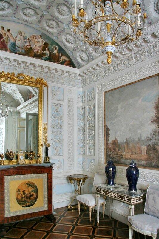 Павловский дворец, Туалетная