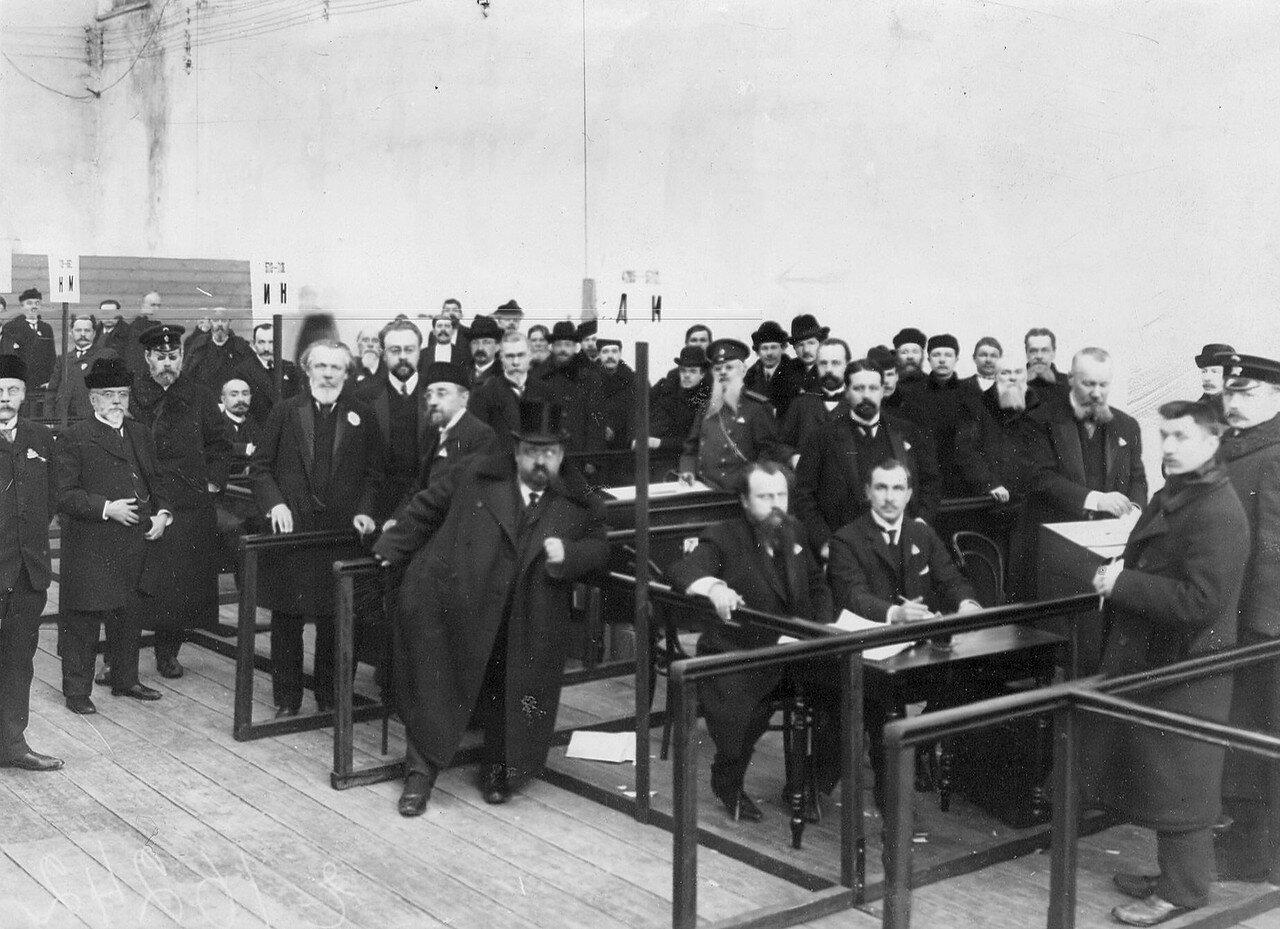 20 марта 1906. Выборы выборщиков в Первую Государственную думу в зале Соляного городка