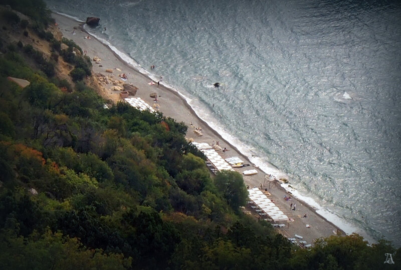 Фиолент, Яшмовый пляж