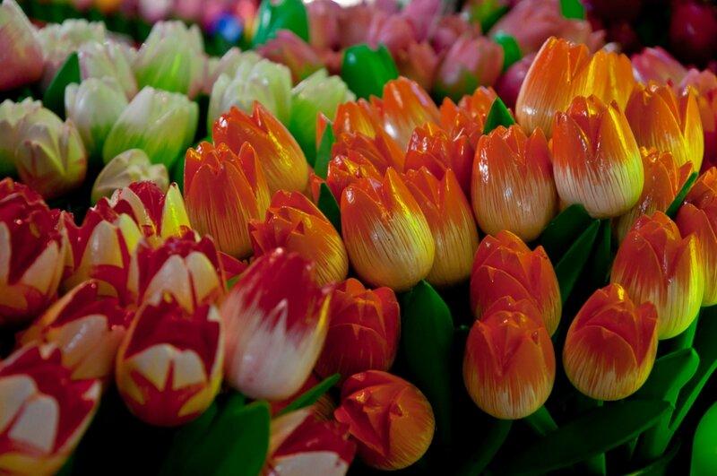 Деревянные тюльпаны