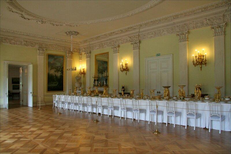 Павловский дворец, жилые комнаты I этажа, Белая столовая