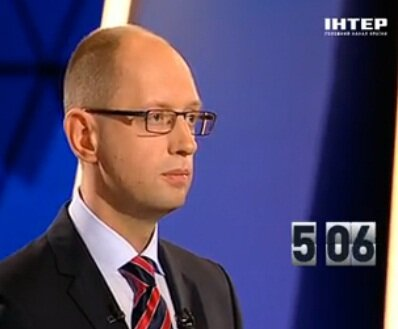 Арсений Яценюк на политическом ринге