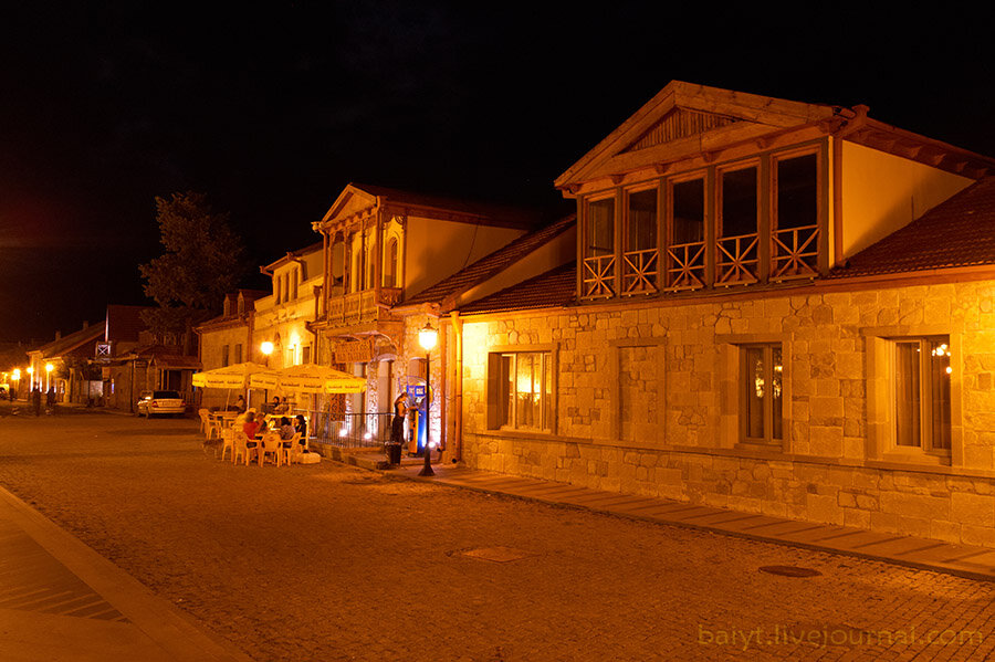 Улочки старой Мцхеты ночью