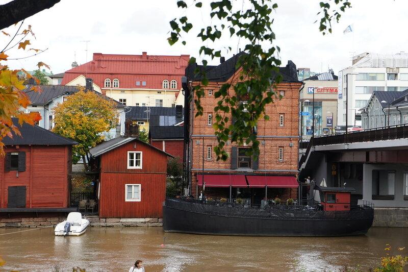 Картинки по запросу город порвоо финляндия древние кварталы