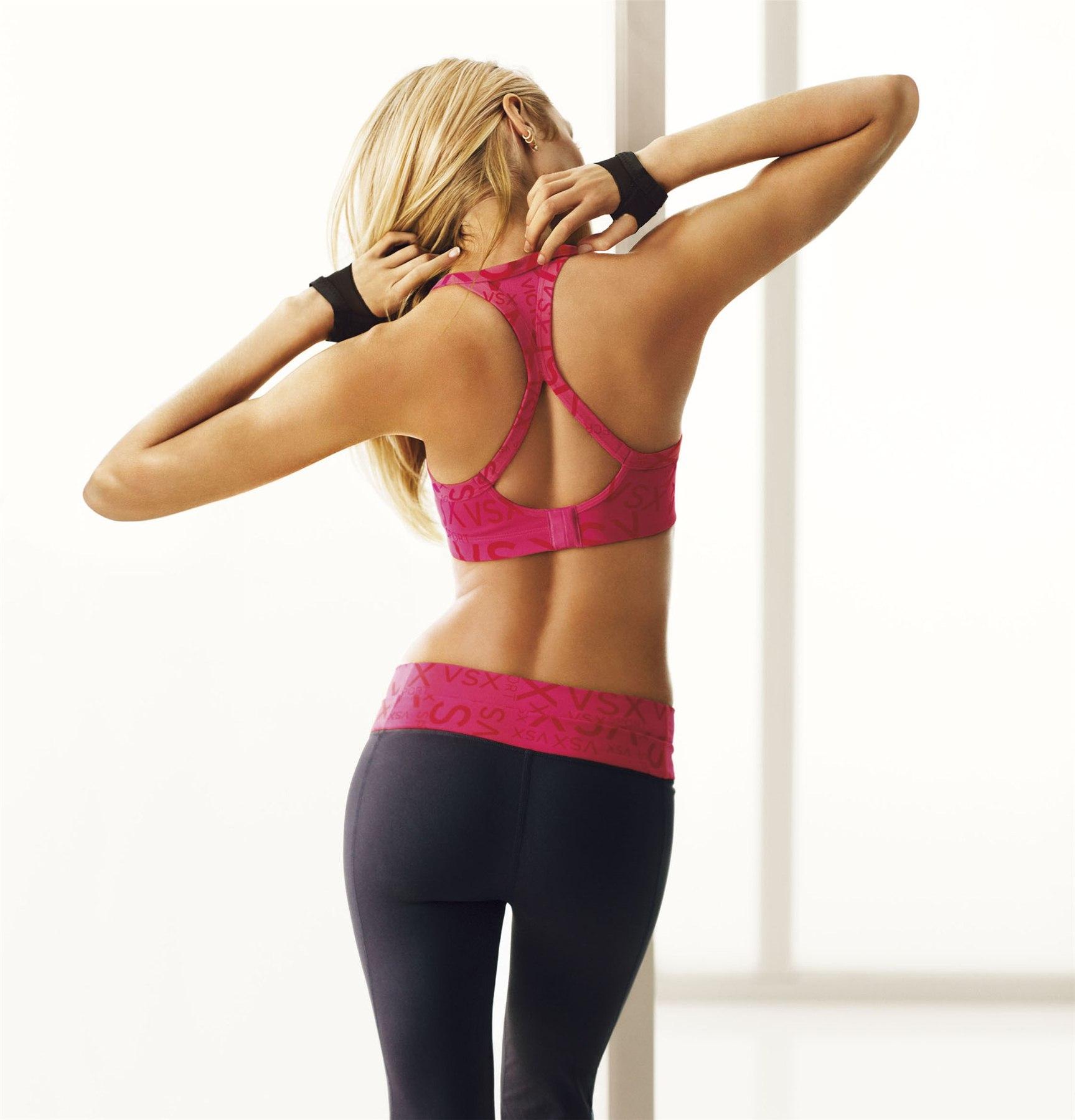 Candice Swanepoel / Кэндис Свейнпол в рекламе спортивной одежды VSX by Victoria Secret