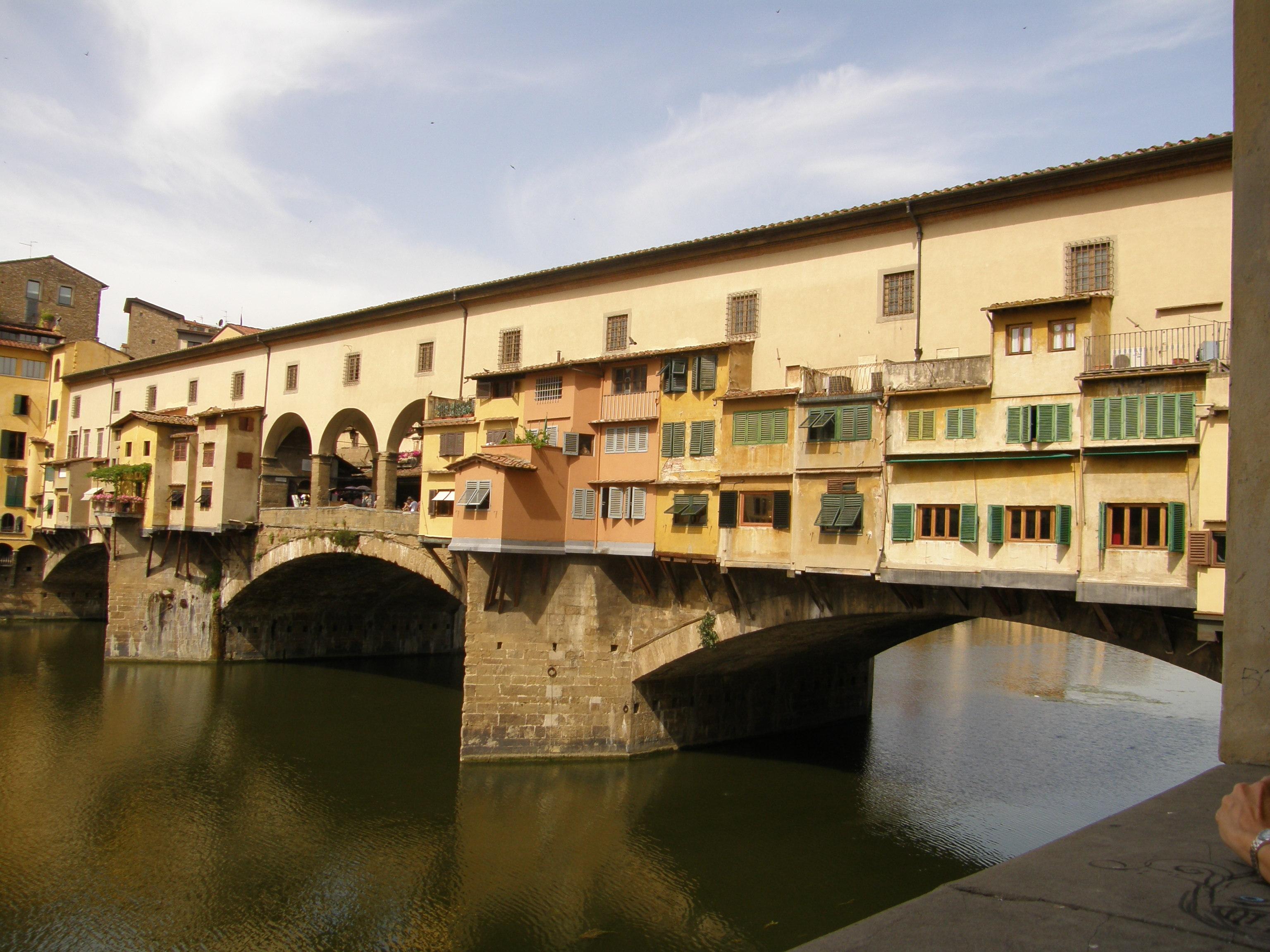 Ponte Vecchio, Florence, Italy бесплатно
