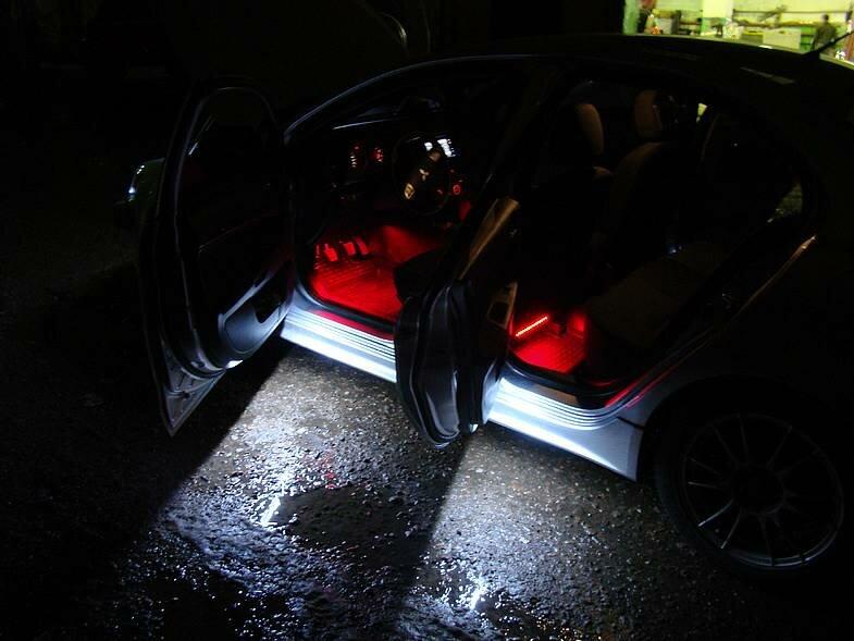 Что сможет сделать автомобиль неповторимым и самым ярким.  Это сделает светодиодная подсветка автомобиля, его днища...