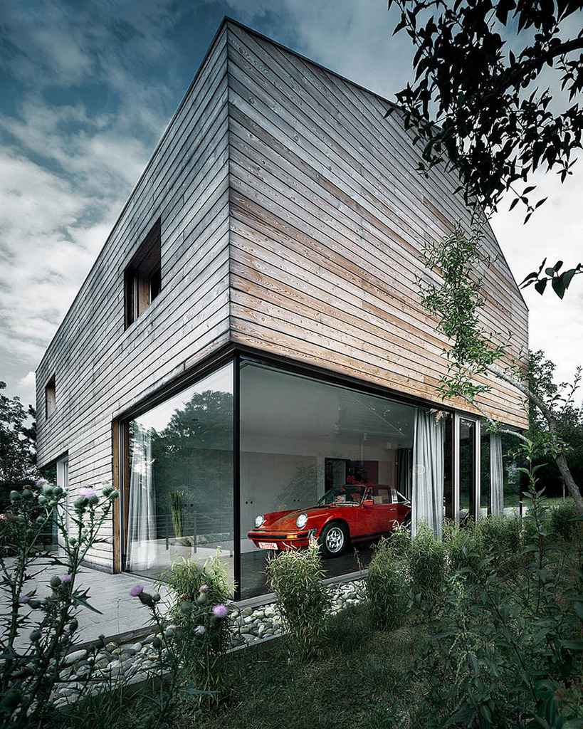 german-family-home-with-a-porsche-room-3.jpg