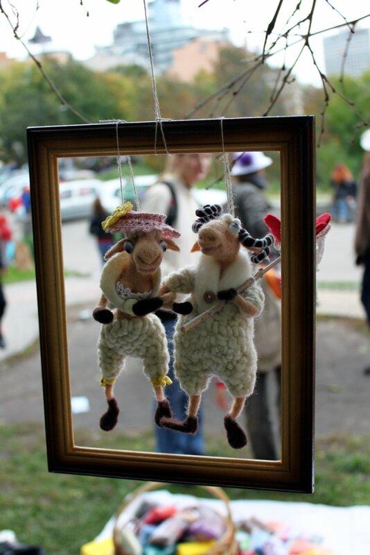 Выставка работ мастеров мягкой игрушки