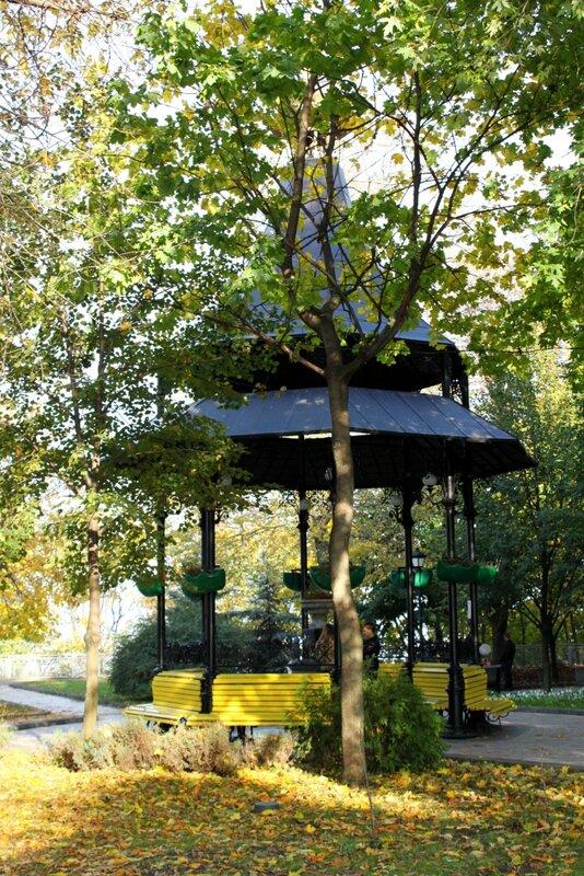 Бювет в Хрещатом парке