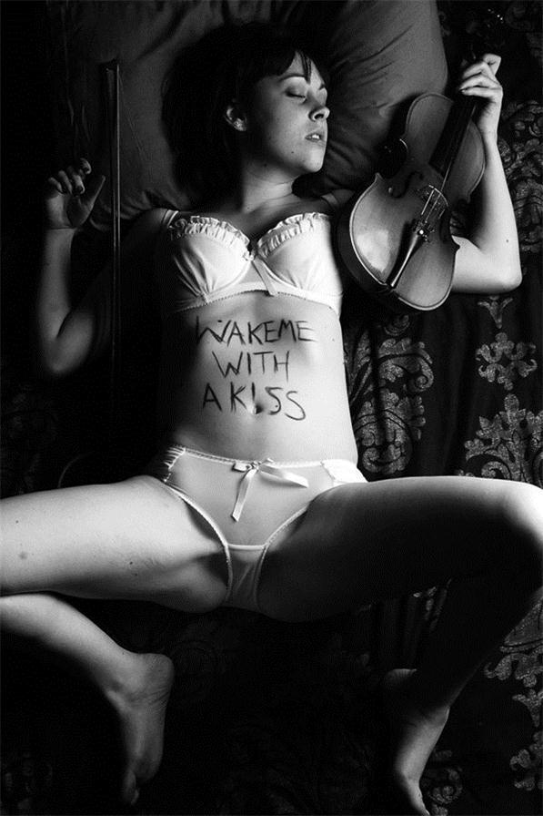 Эротический сюрреализм фотографа Марка Блэкки / Marc Blackie