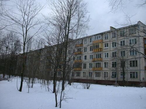 пр. Космонавтов 27к2