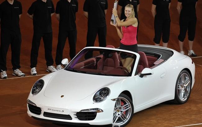 Mariya Şarapova və onun avtomobilləri