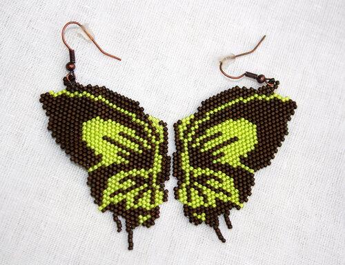 Серьги бабочки из бисера