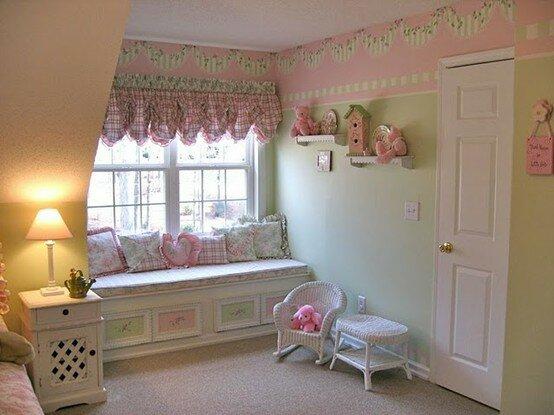 Cute Looking Shabby Chic Bedroom Ideas: Pencere Önünde Sedirler