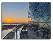ОАЭ. Абу Даби. Hyatt Capital Gate Abu Dhabi 5*