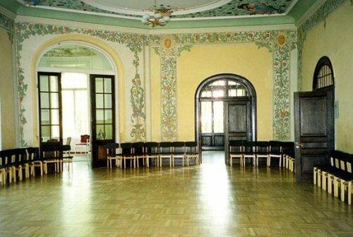 Интерьер дворца в 2002 г.