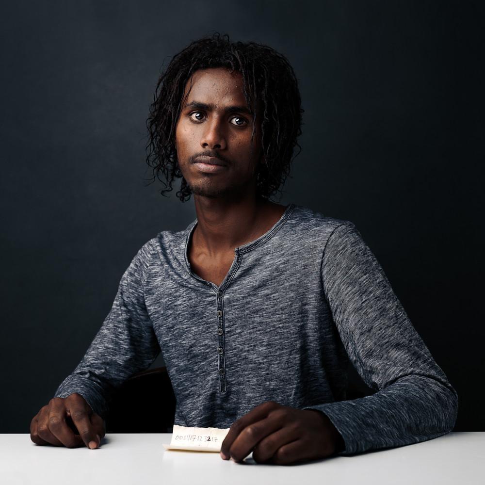 Ахмет, 23 года, сбежал из Эритреи в 2013 году. «Я сел на корабль в Ливии, который должен был достави