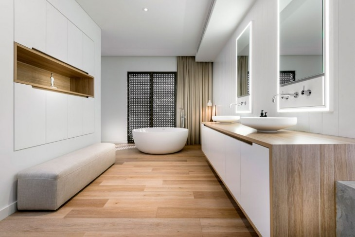 The Beach Box by Weststyle Design & Development
