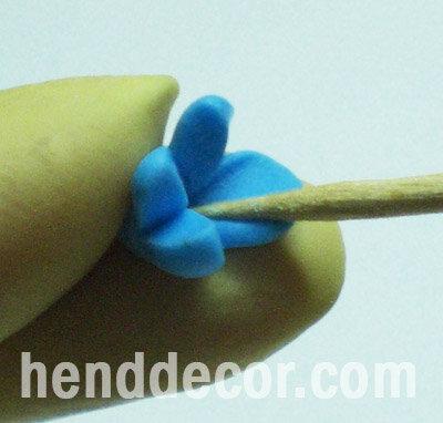 Серьги, собранные на коннекторе, из полимерной глины