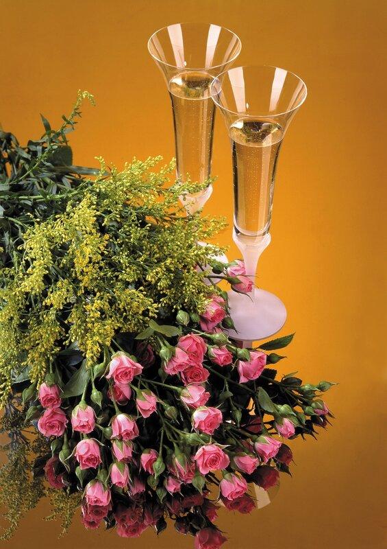 Открытки цветы и шампанское